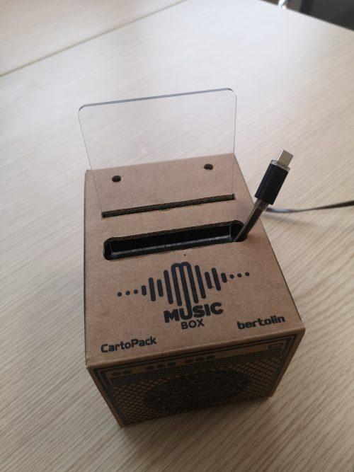 MusicBox ♪ Gadget personalizzabile per smartphone
